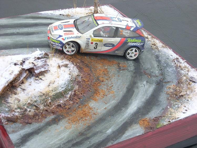 ford focus wrc   diorama fini a 99.5 % Focus121-vi