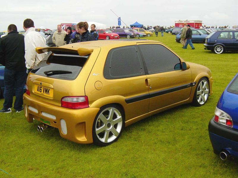 gold sax rearside