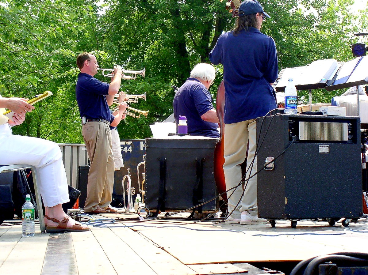 2004 - 4TH OF JULY CELEBRATION - THE LITTLE BIG BAND - 05.jpg