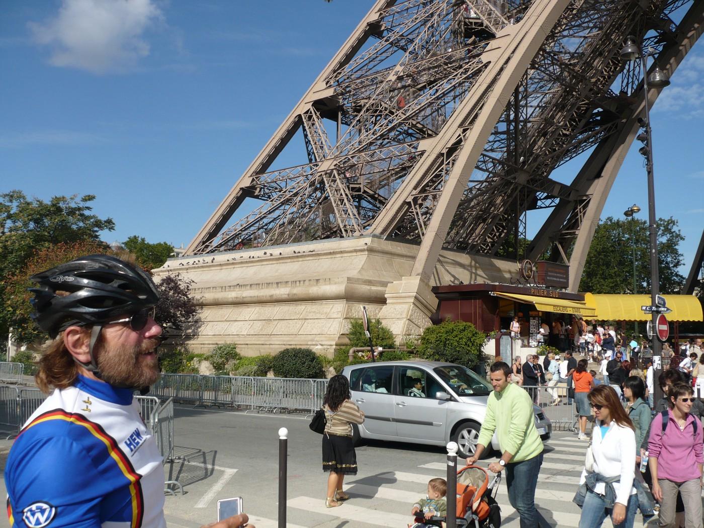 Manfred am Eiffelturm