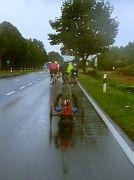 Handbiker im Regen