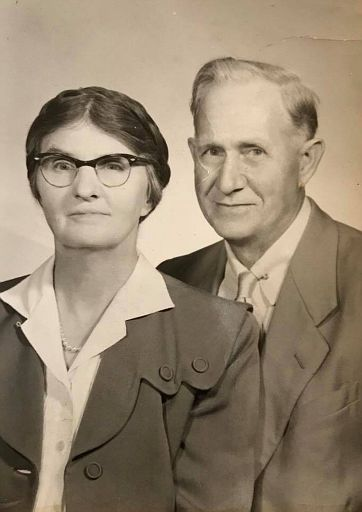 Aunt Marie and Shafter Lloyd