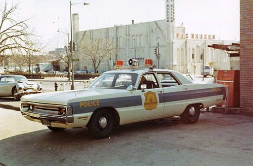 DC- Metro Police 1971 Plymouth